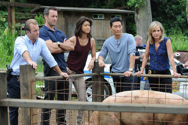 "Scott Caan as Danny ""Danno"" Williams, Alex O'Loughlin as Steve McGarret, Grace Park as Kono Kalakaua, Daniel Dae Kim as Chin Ho Kelly, and Julie Benz as Inspector Abby Dunn"