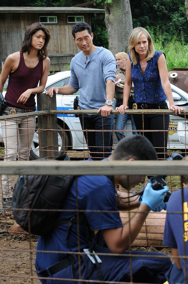 Grace Park as Kono Kalakaua, Daniel Dae Kim as Chin Ho Kelly, and Julie Benz as Inspector Abby Dunn