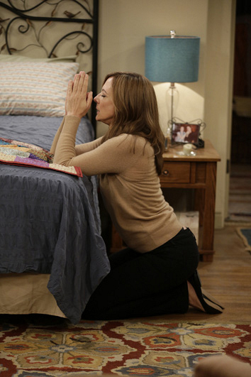 Bonnie says a little prayer that Christy and Fred get intimate on their date.