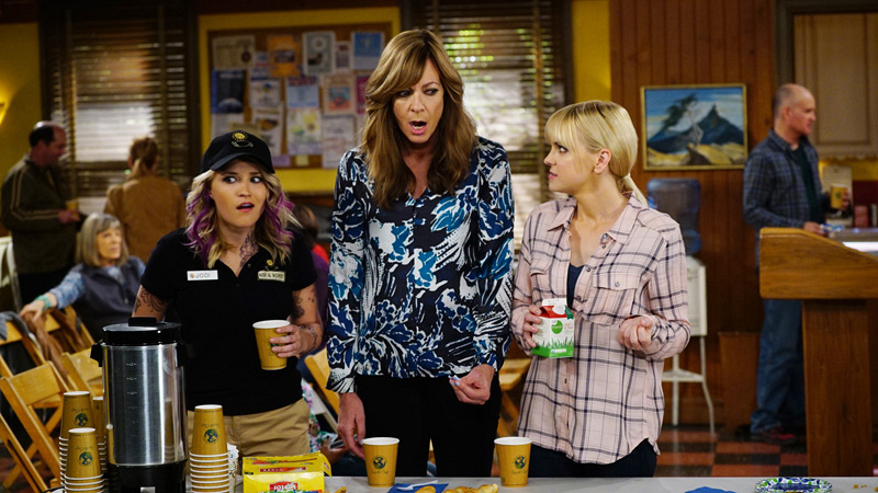 Jodi, Bonnie, and Christy have some coffee at an AA meeting.