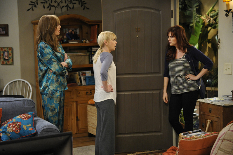 Candace comes to the Plunkett residence to tell Christy what's on her mind.