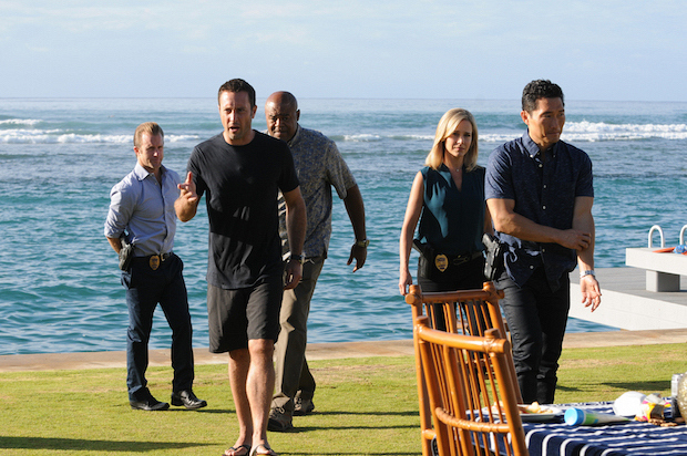 "Scott Caan as Danny ""Danno"" Williams, Alex O'Loughlin as Steve McGarrett, Chi McBride as Lou Grover, Julie Benz as Abby Dunn, and Daniel Dae Kim as Chin Ho Kelly"