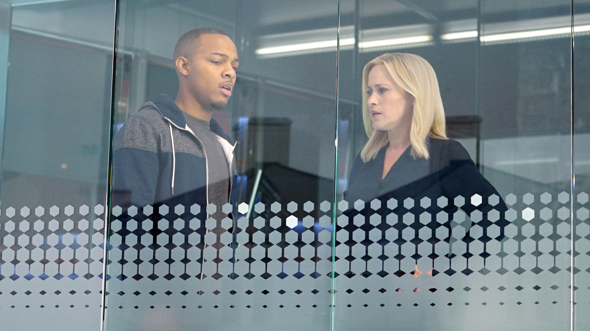 Shad Moss and Brody Nelson and Patricia Arquette as Dr. Avery Ryan