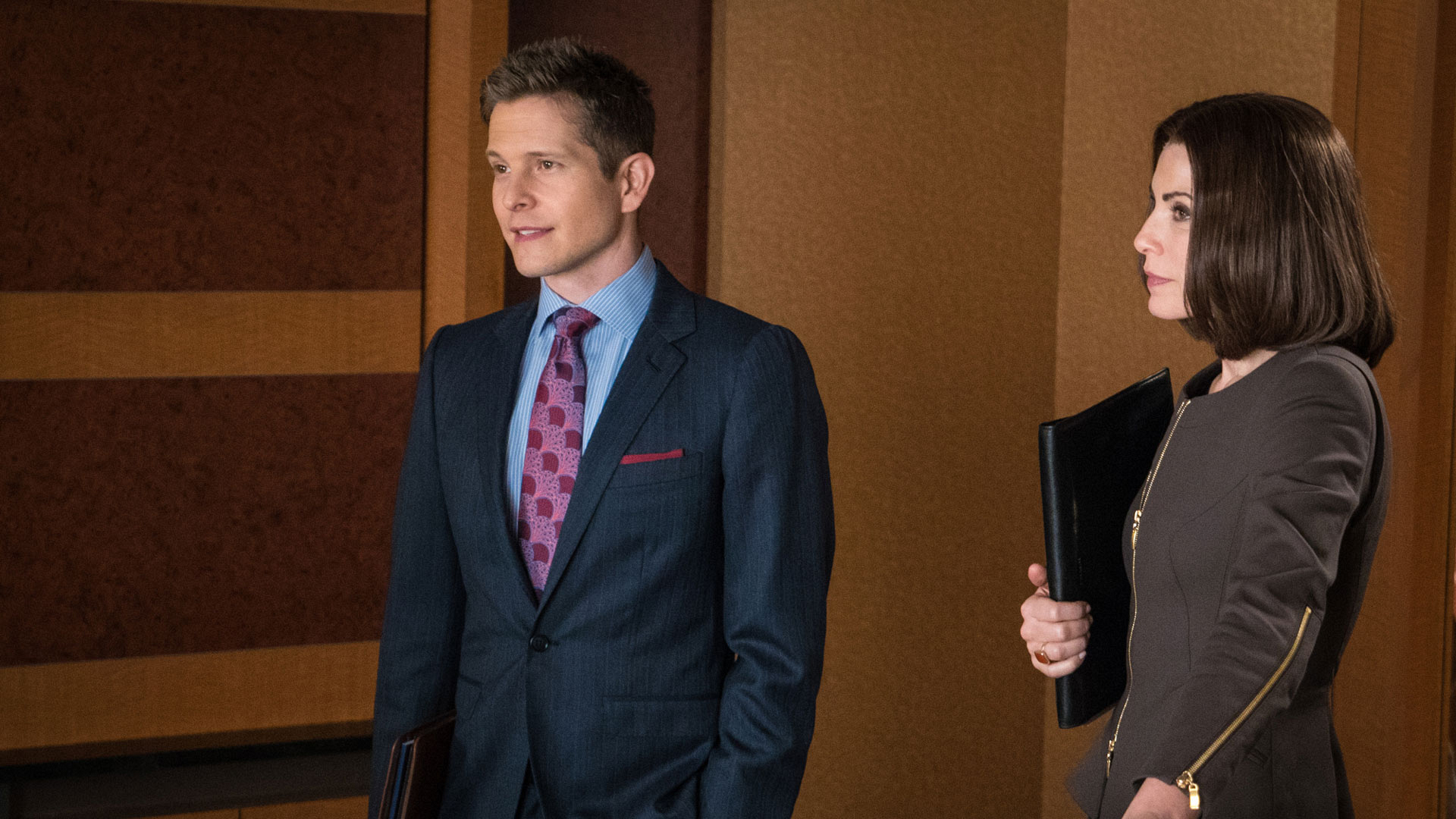 Matt Czuchry as Cary Agos and Julianna Margulies as Alicia Florrick
