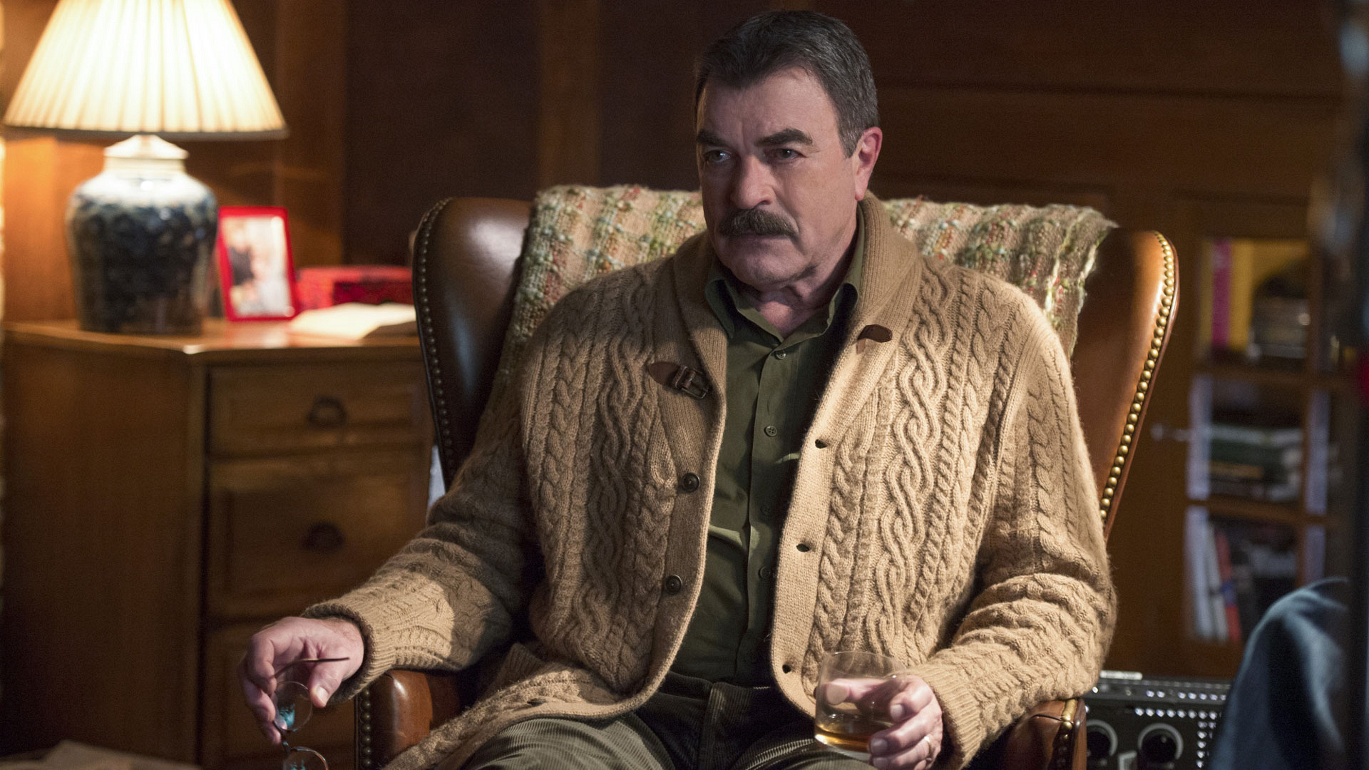 Tom Selleck as Frank Reagan