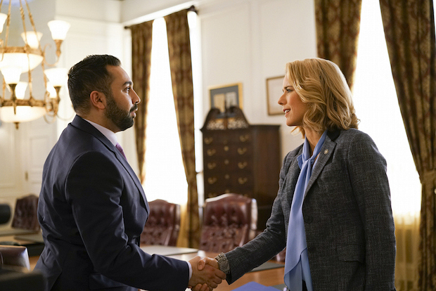 Elizabeth meets with Prince Asim.