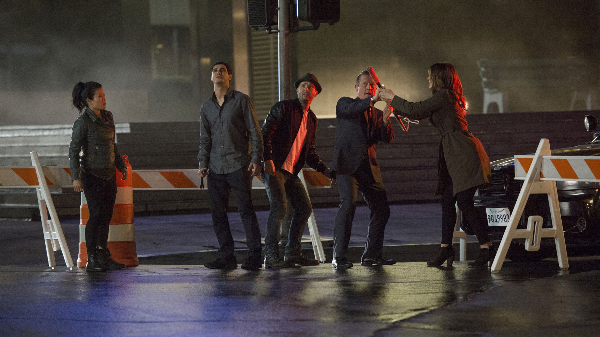 Team Scorpion needs to prevent a massive explosion