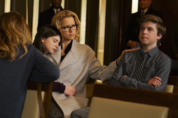 Elizabeth comforts her kids.