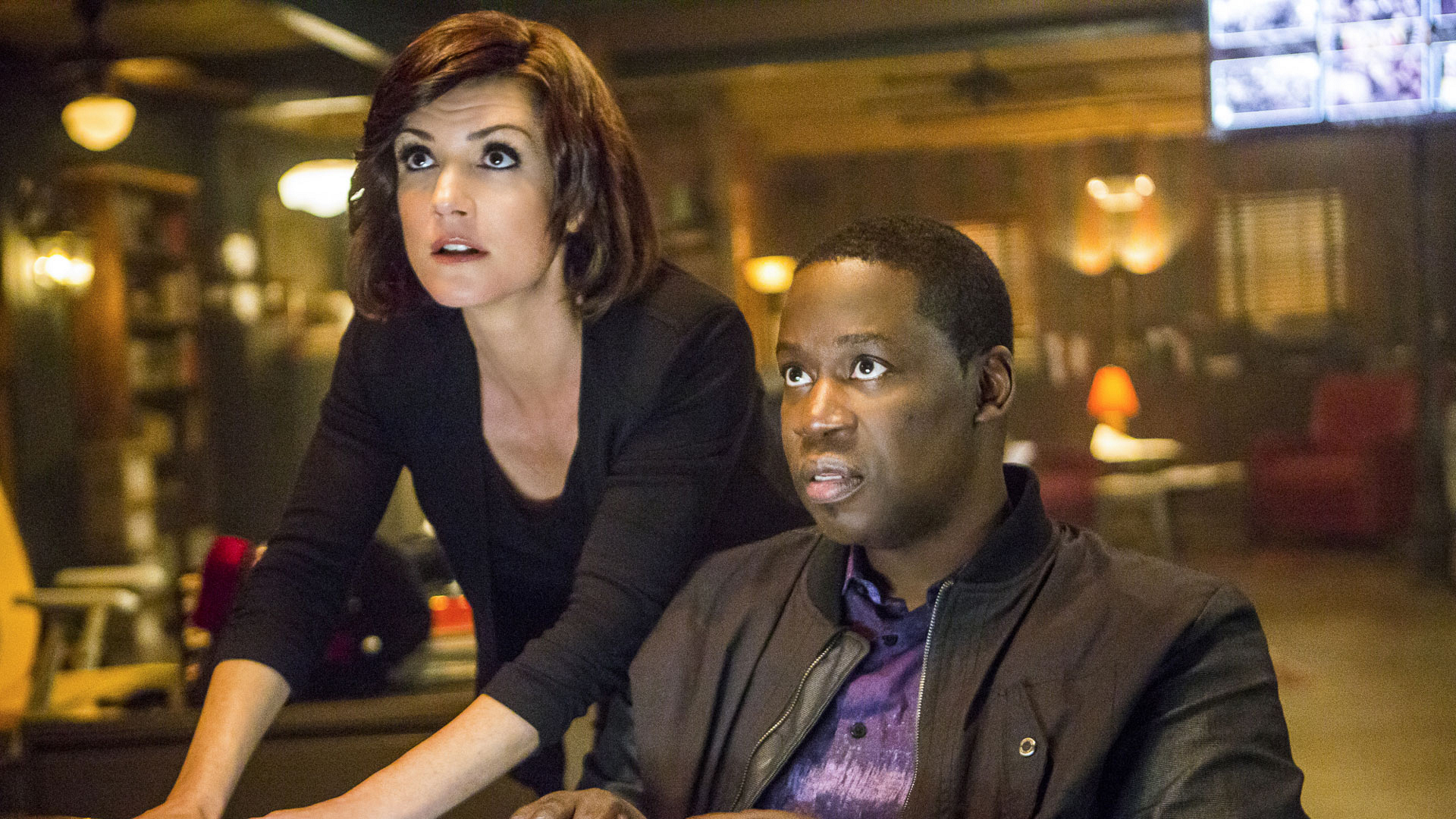 Zoe McLellan as Meredith Brody and Daryl Chill Mitchell as Patton Plame