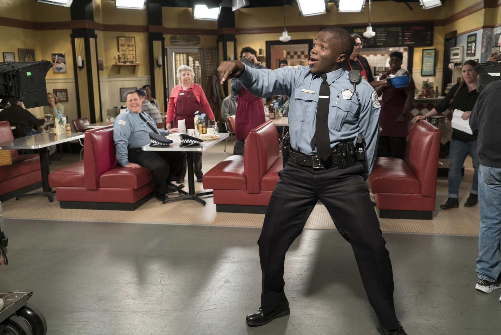 Mike & Molly's Reno Wilson busts a move for the live audience while taping the series' final season.
