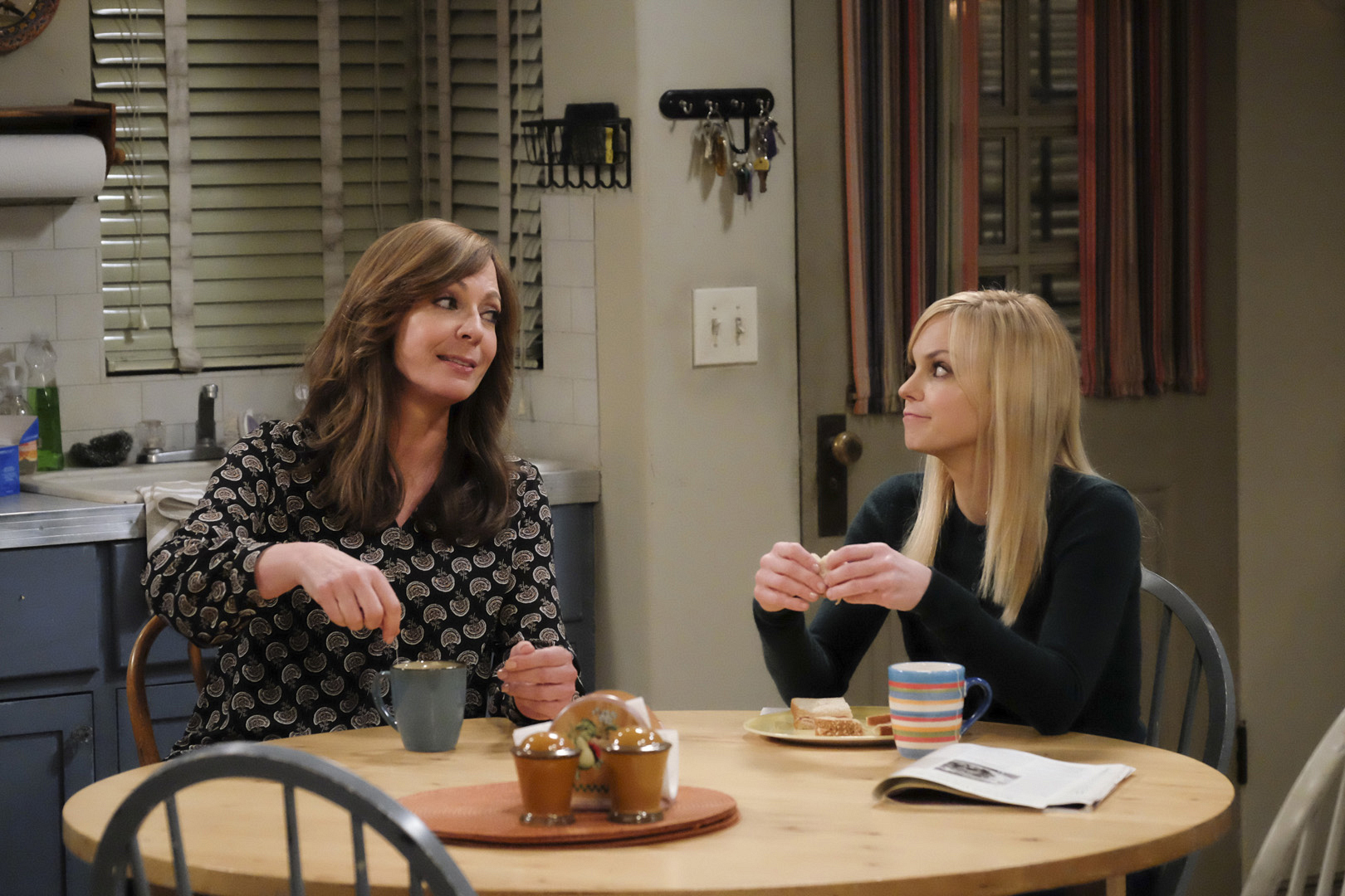 Bonnie and Christy experience a breakthrough and are able to put their differences aside.