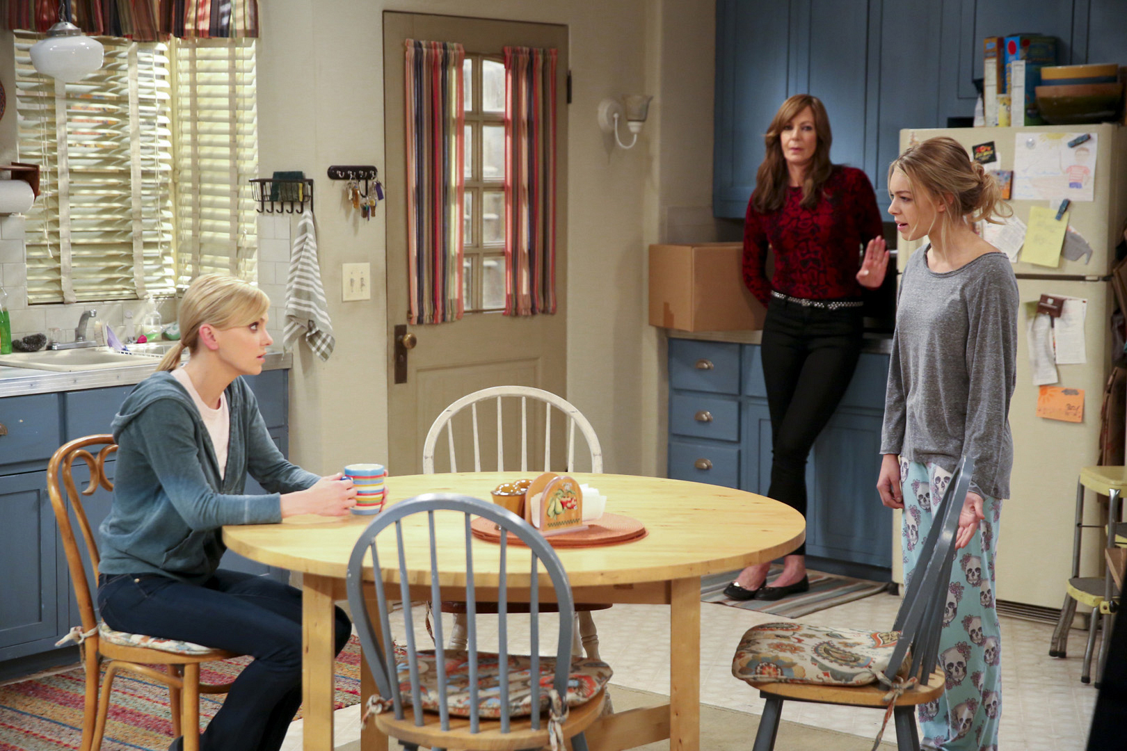 Violet is surprised when Phyllis tells Bonnie and Christy a different reason for the breakup.