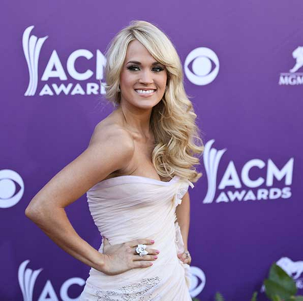 Carrie Underwood was absolute perfection in pale pink at the 47th Annual Academy of Country Music Awards.