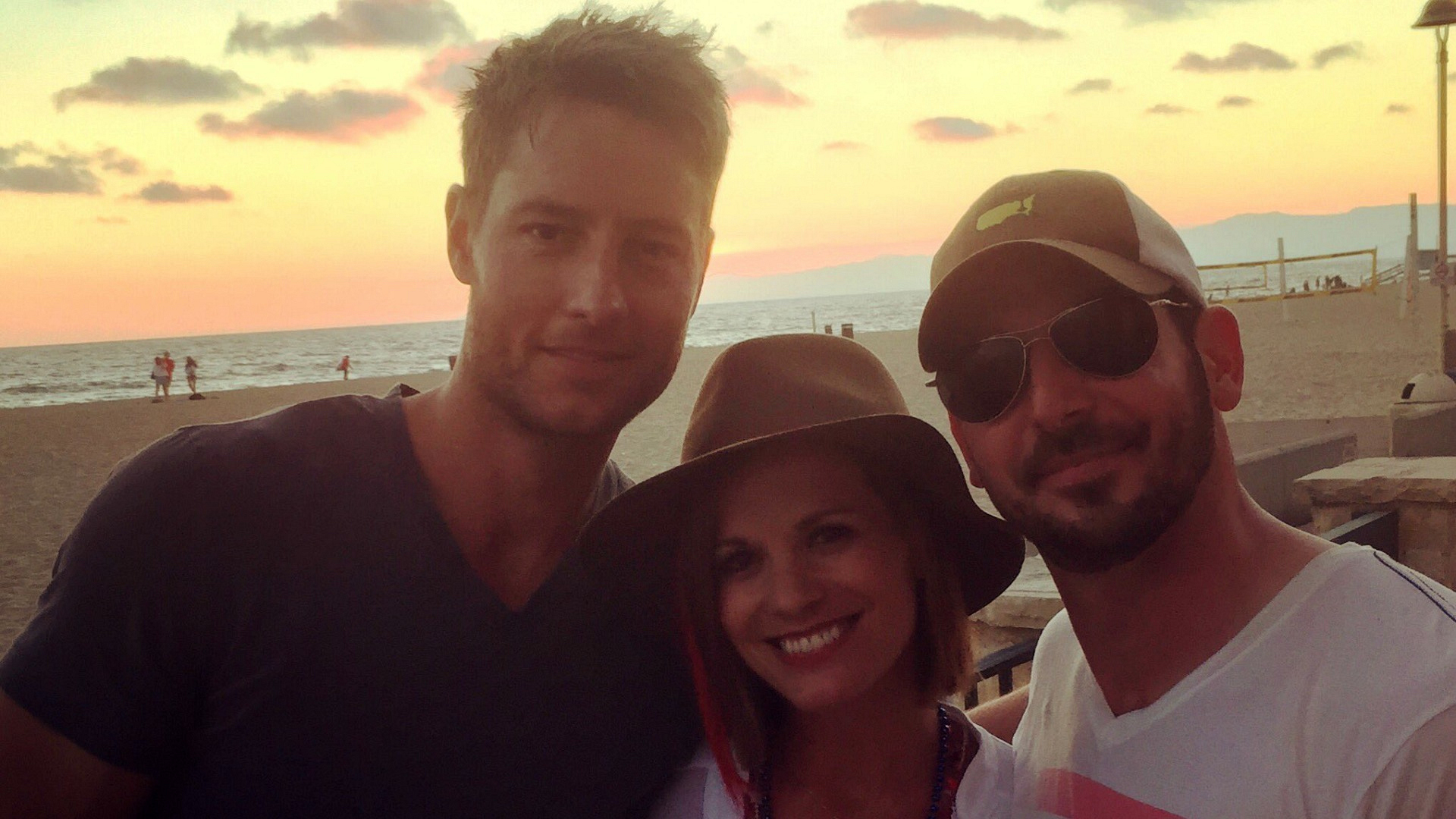 Melissa Claire Egan (Chelsea Newman) had a blast celebrating July 4th with her husband, Matt, and TV husband, Justin Hartley (Adam Newman).