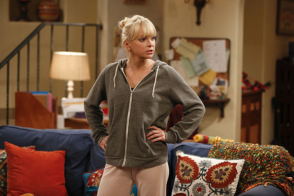 12. Even in sweats, Anna exudes confidence in her own skin.