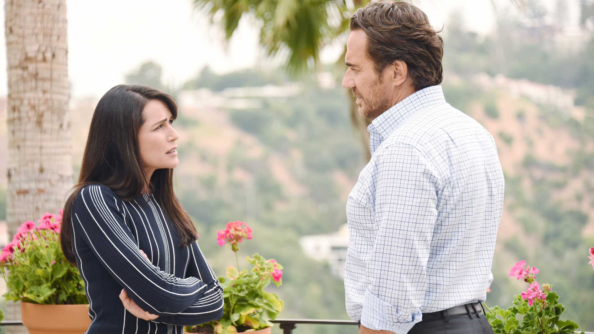 Quinn makes a startling confession to Ridge that significantly changes the dynamic of their relationship.
