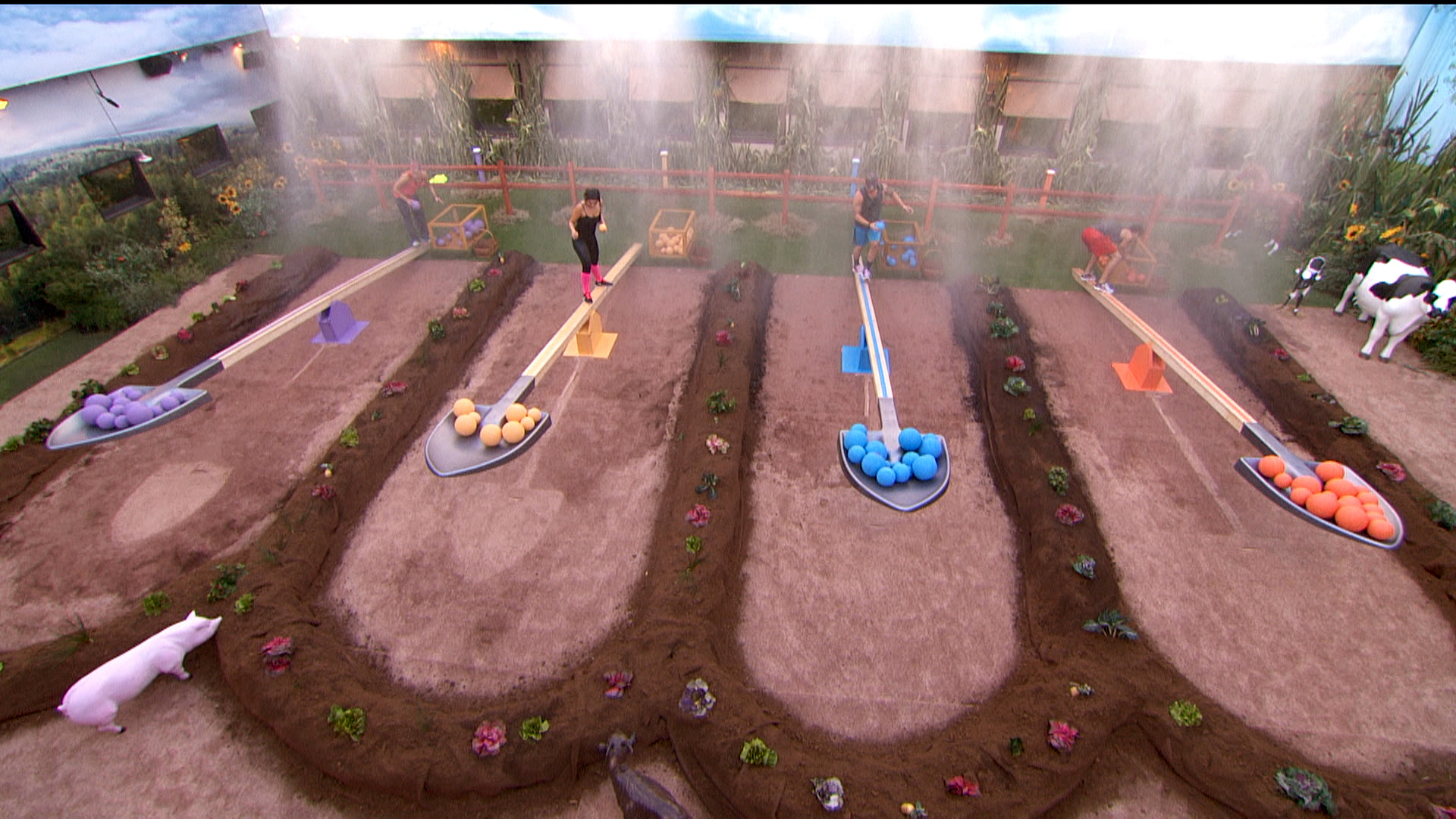 Who will be crowned HoH?