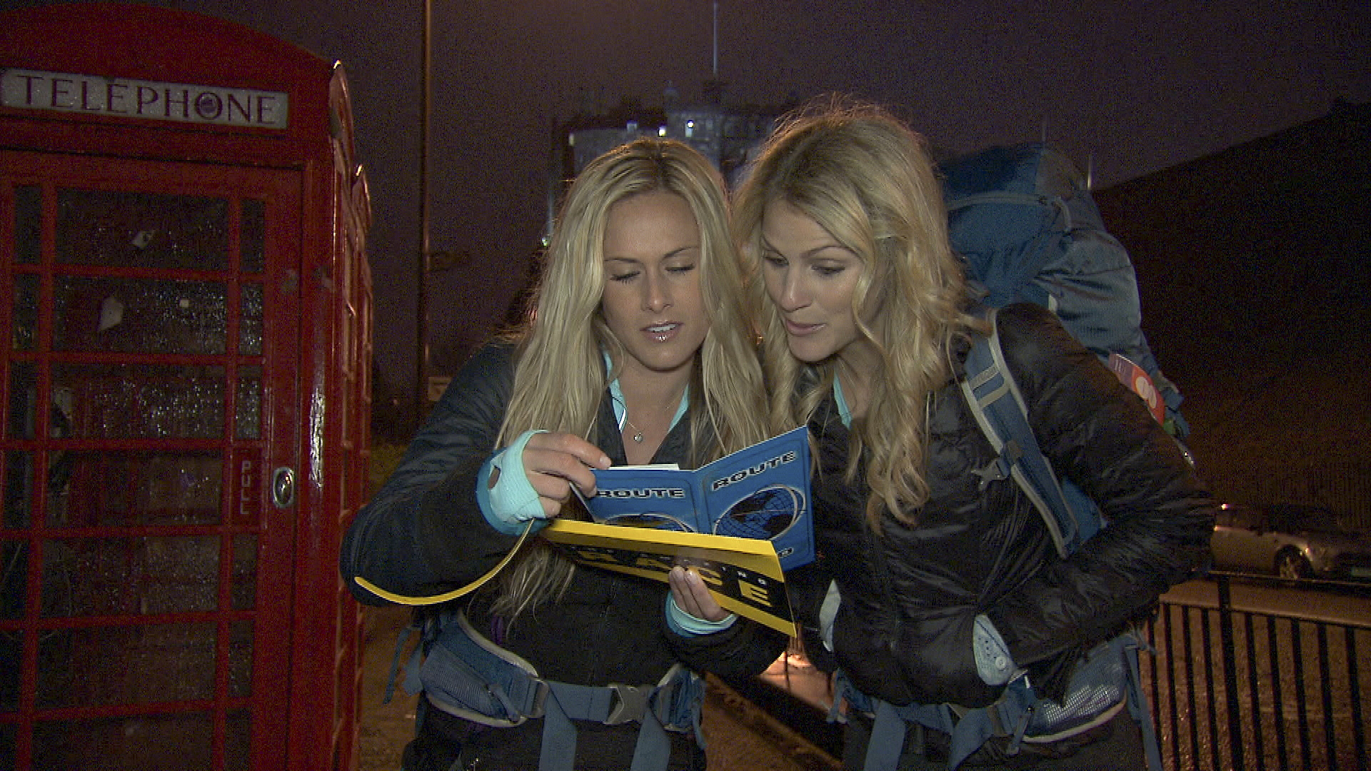 "Caroline and Jennifer in the season finale of The Amazing Race ""Beacon of Hope"""
