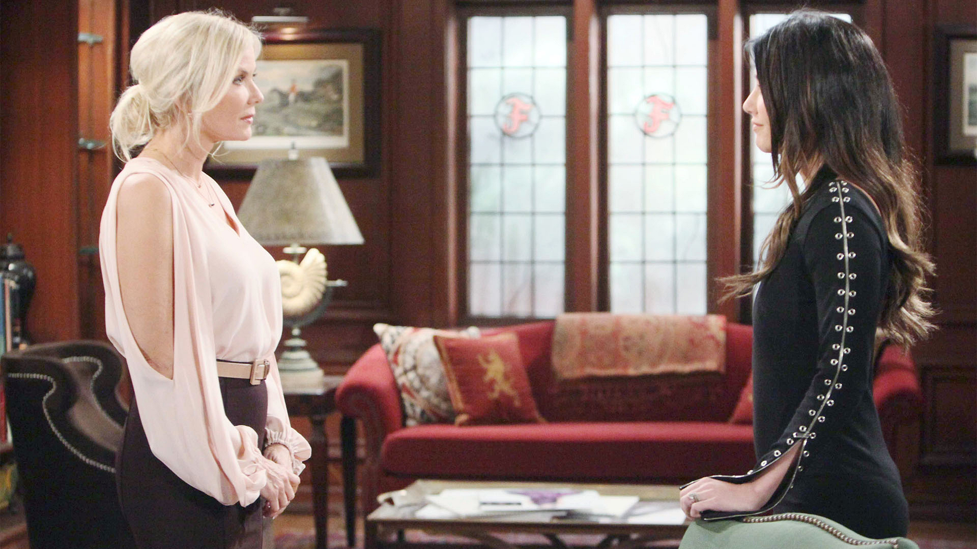 Brooke has second thoughts about divorcing Bill when Steffy shares that he and Liam have set aside their differences.