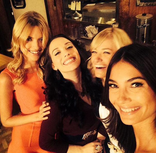 Kat Dennings, Beth Behrs, Lily Alrdridge and Martha Hunt - 2 Broke Girls