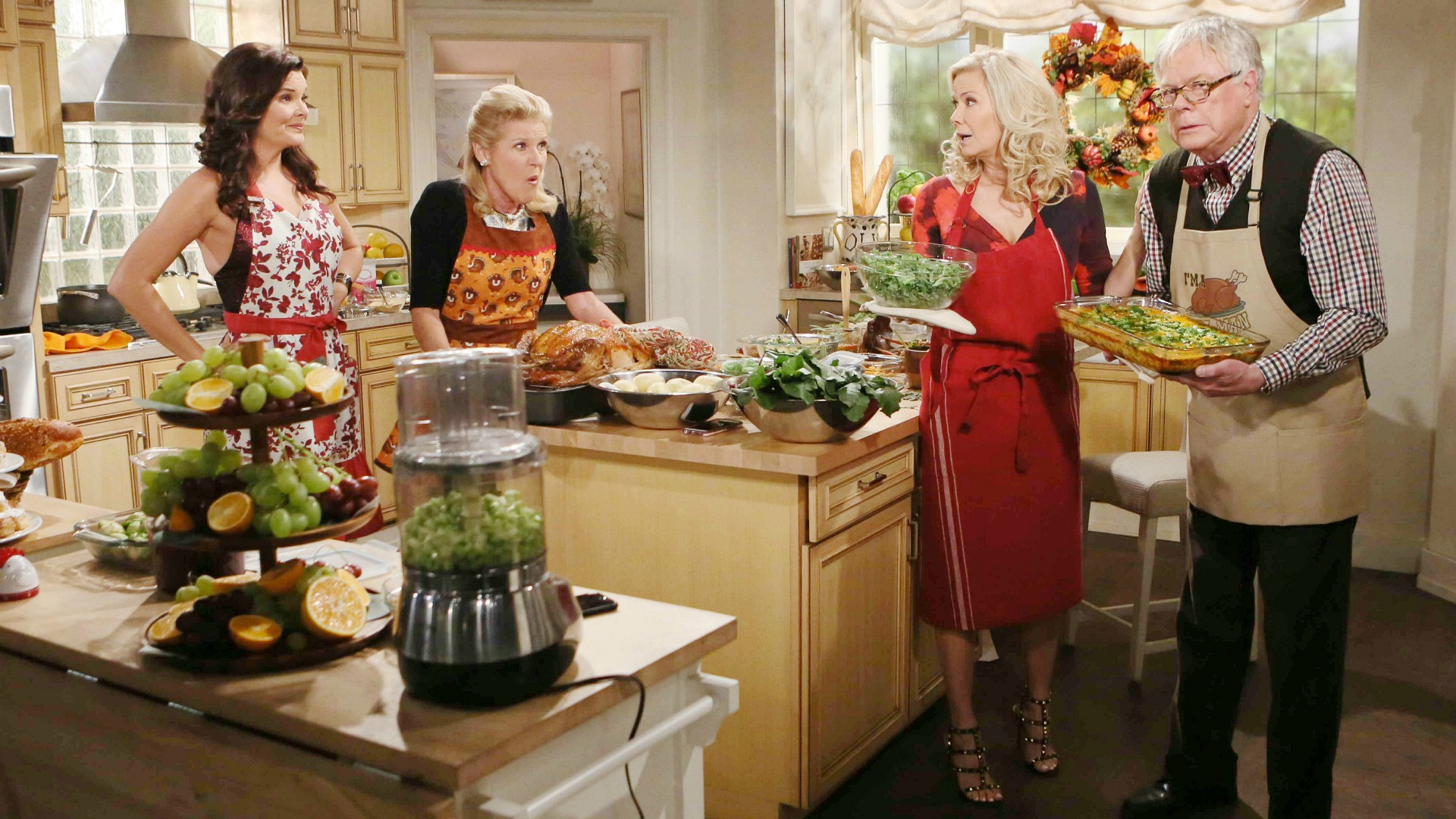 Pam, Charlie, Katie, and Brooke all endure chaos in the kitchen as they prepare the Thanksgiving meal.