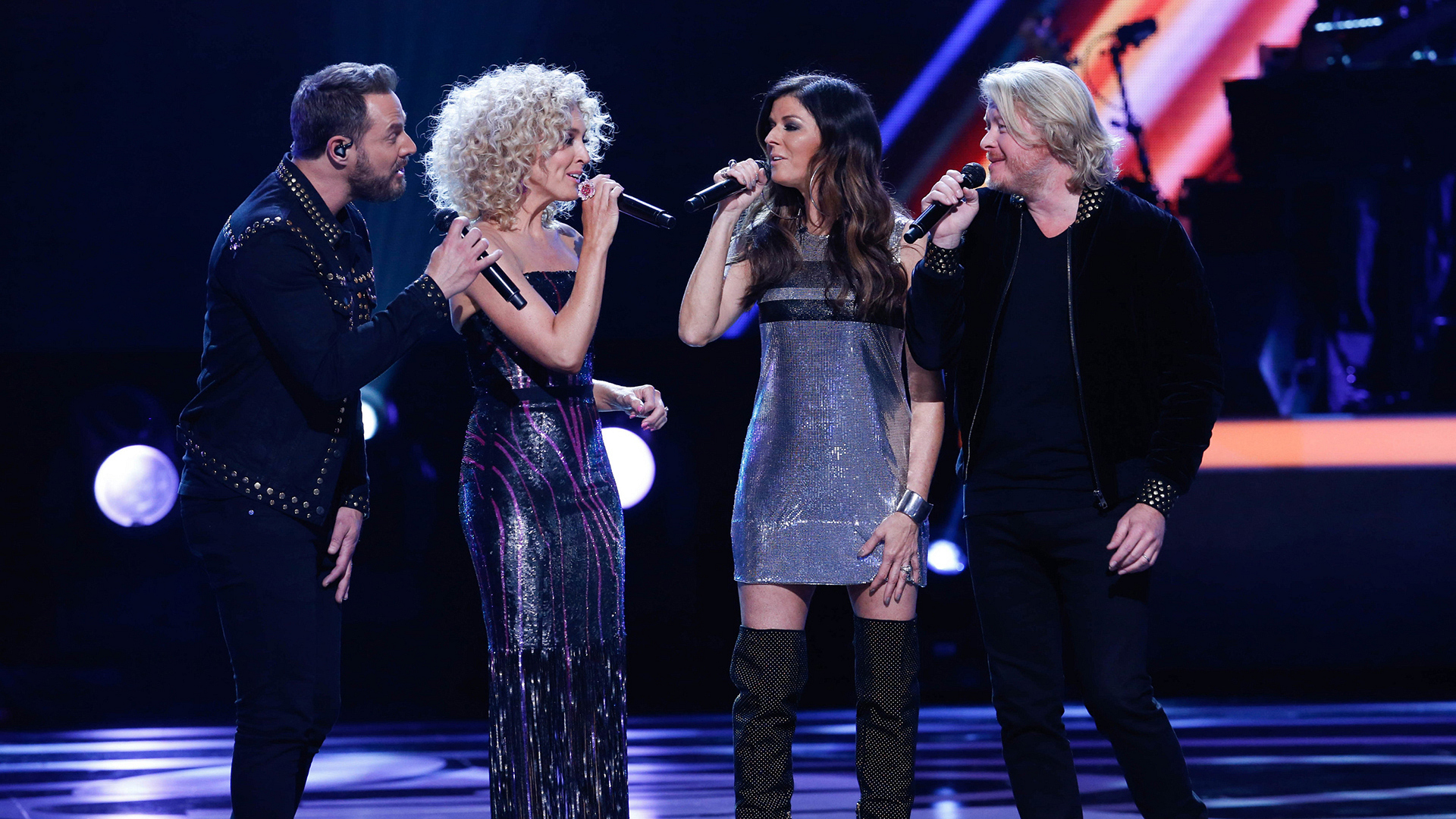 "Little Big Town performs ""How Deep Is Your Love"""