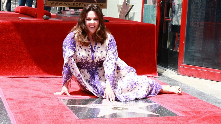 5. Melissa posed with her star