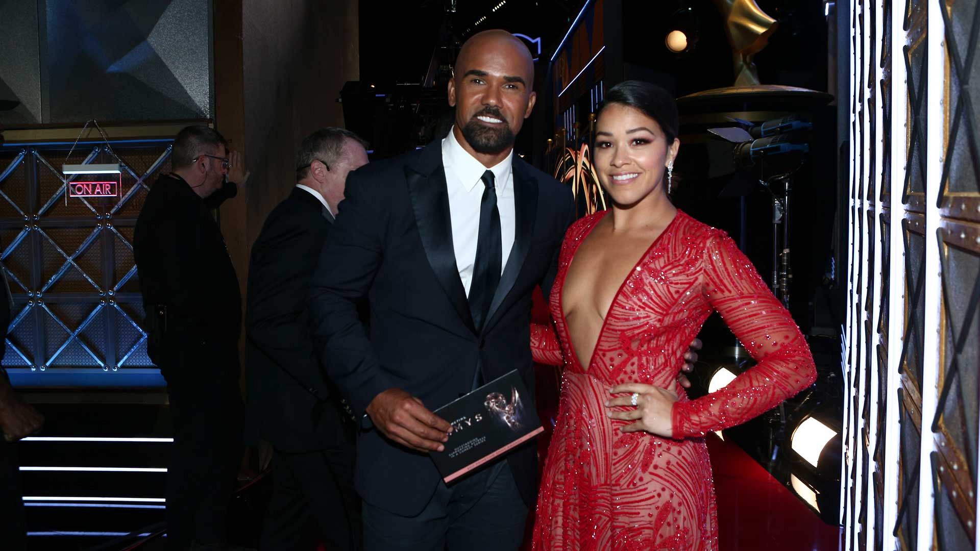 Shemar Moore poses for a quick pic after presenting a 2017 Emmy Award with actress Gina Rodriguez.