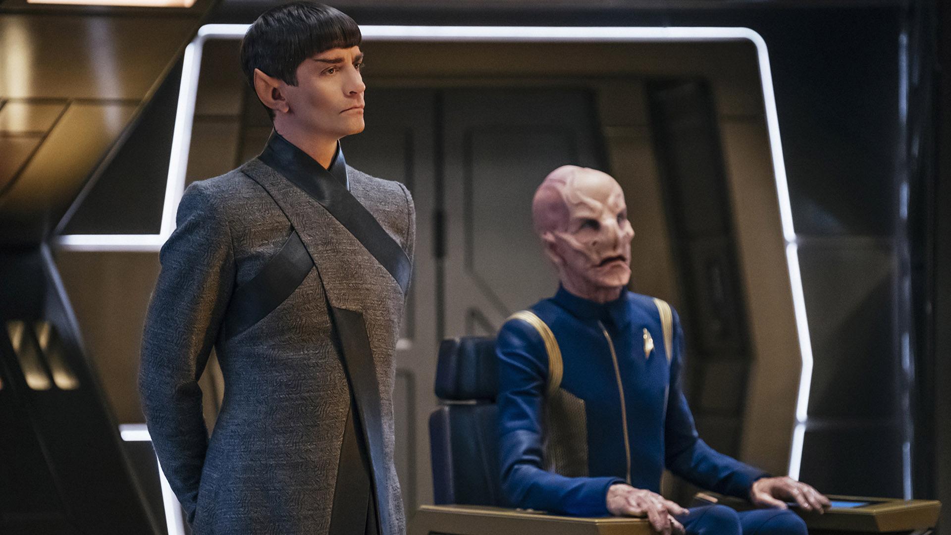 Ambassador Sarek (James Frain) and First Officer Saru (Doug Jones)