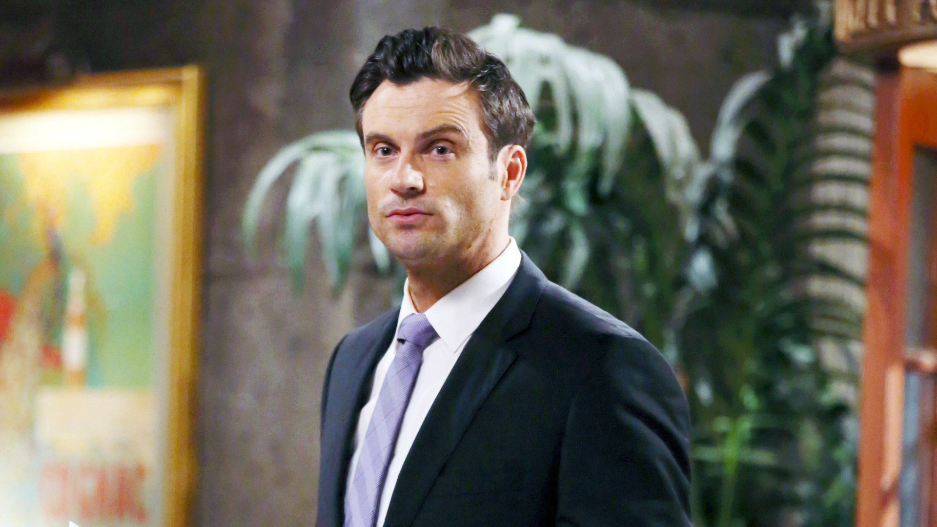 Daniel Goddard glances over at just the right moment.