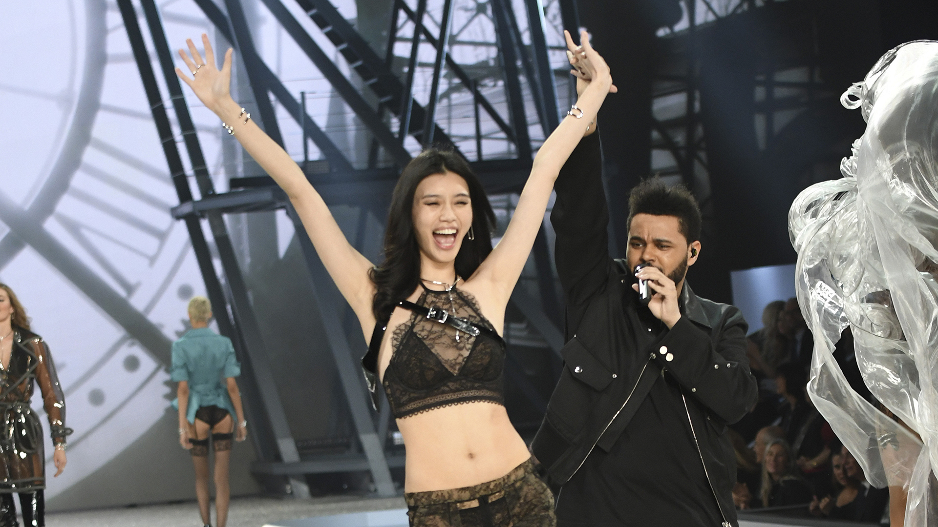 Ming Xi clearly loves his tunes.