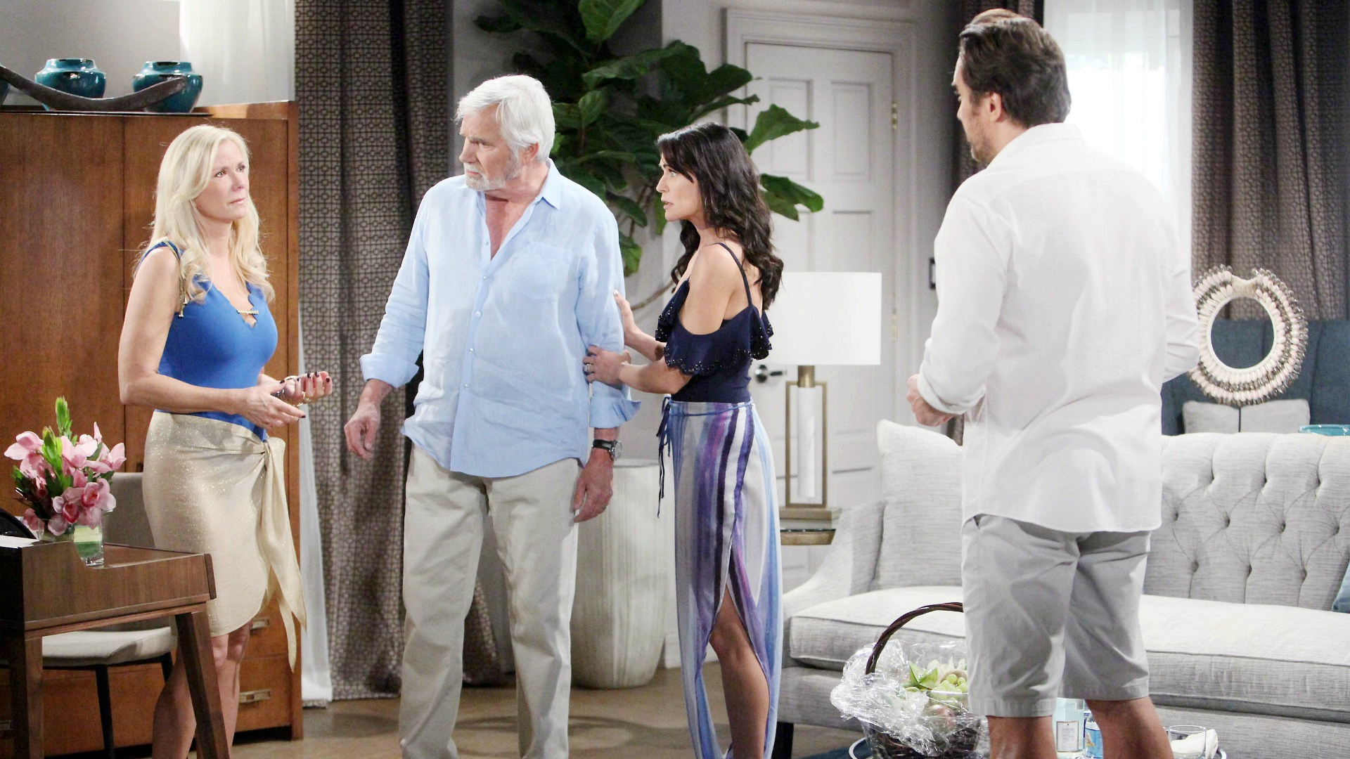 Ridge scrambles to keep his affair with Quinn from being exposed to the wrong person.