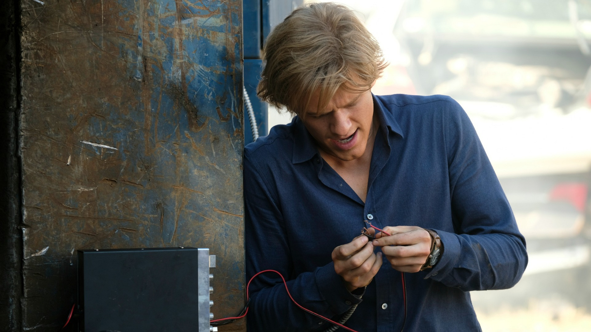 MacGyver's quick thinking is put to the test.