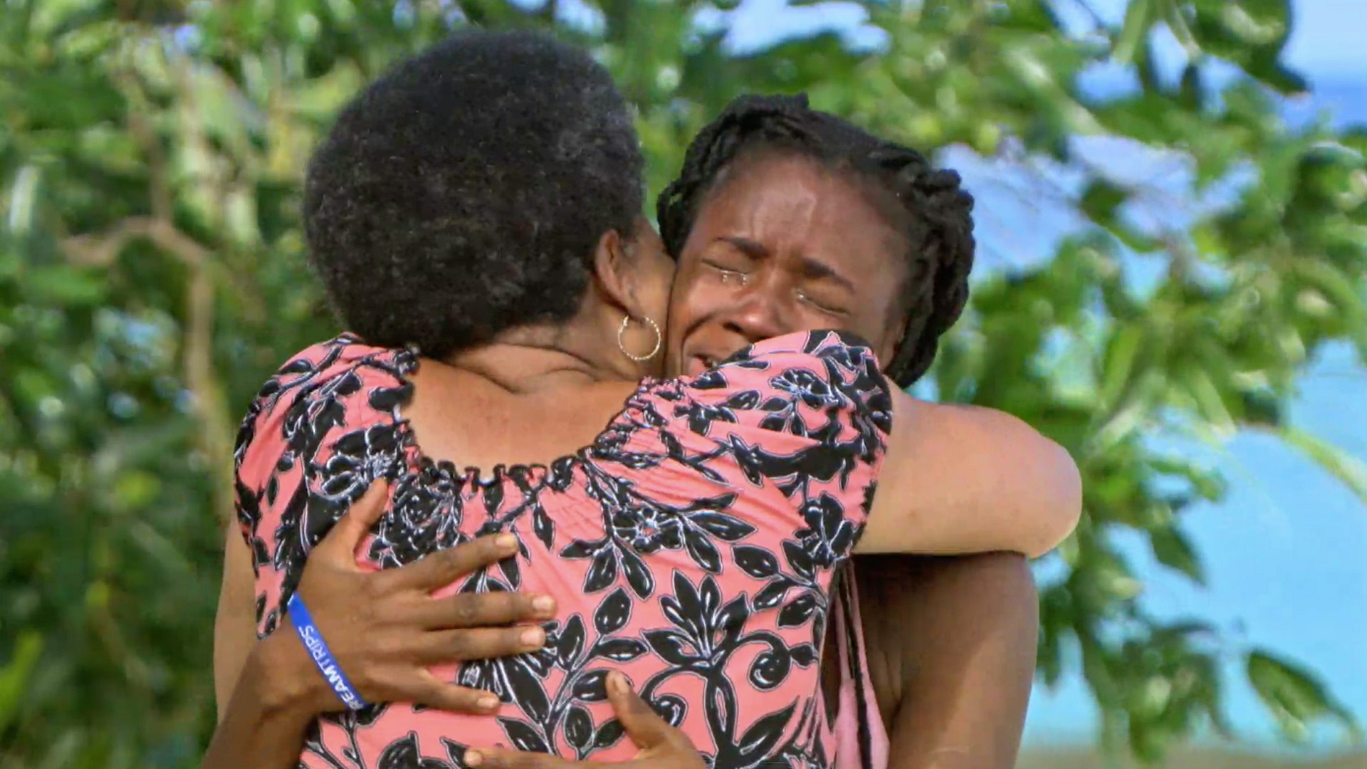 Season 34: Michaela Bradshaw cries as she hugs her mother.