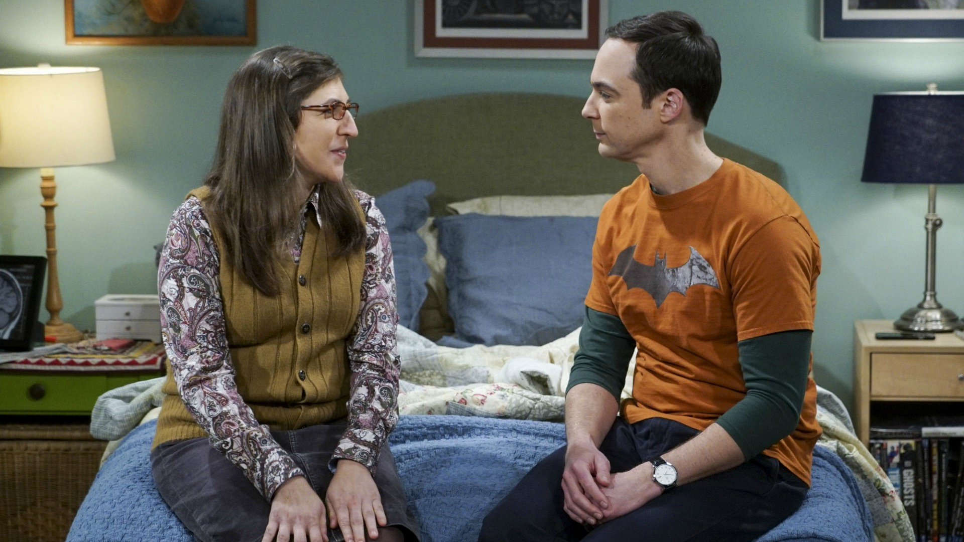 Sheldon and Amy talk things over on Amy's birthday.