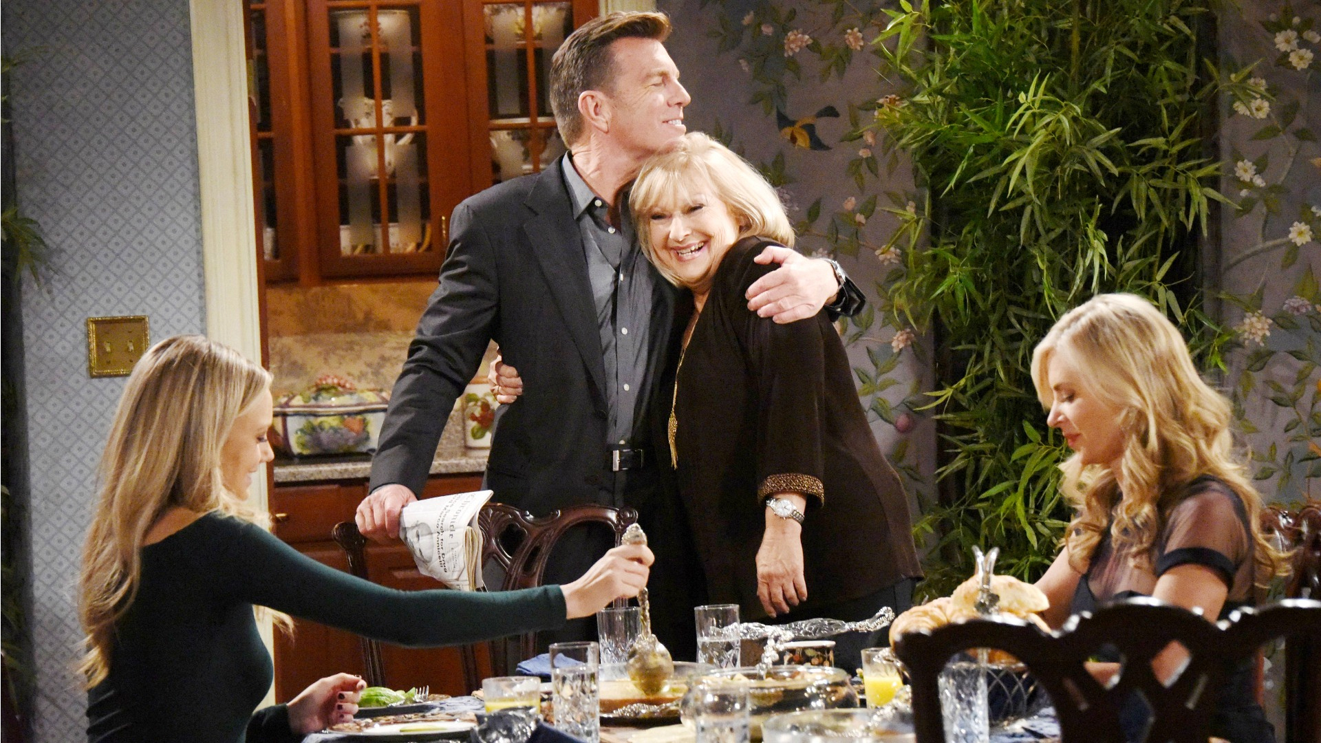 The Young and the Restless - Holiday Episode 12/07/16