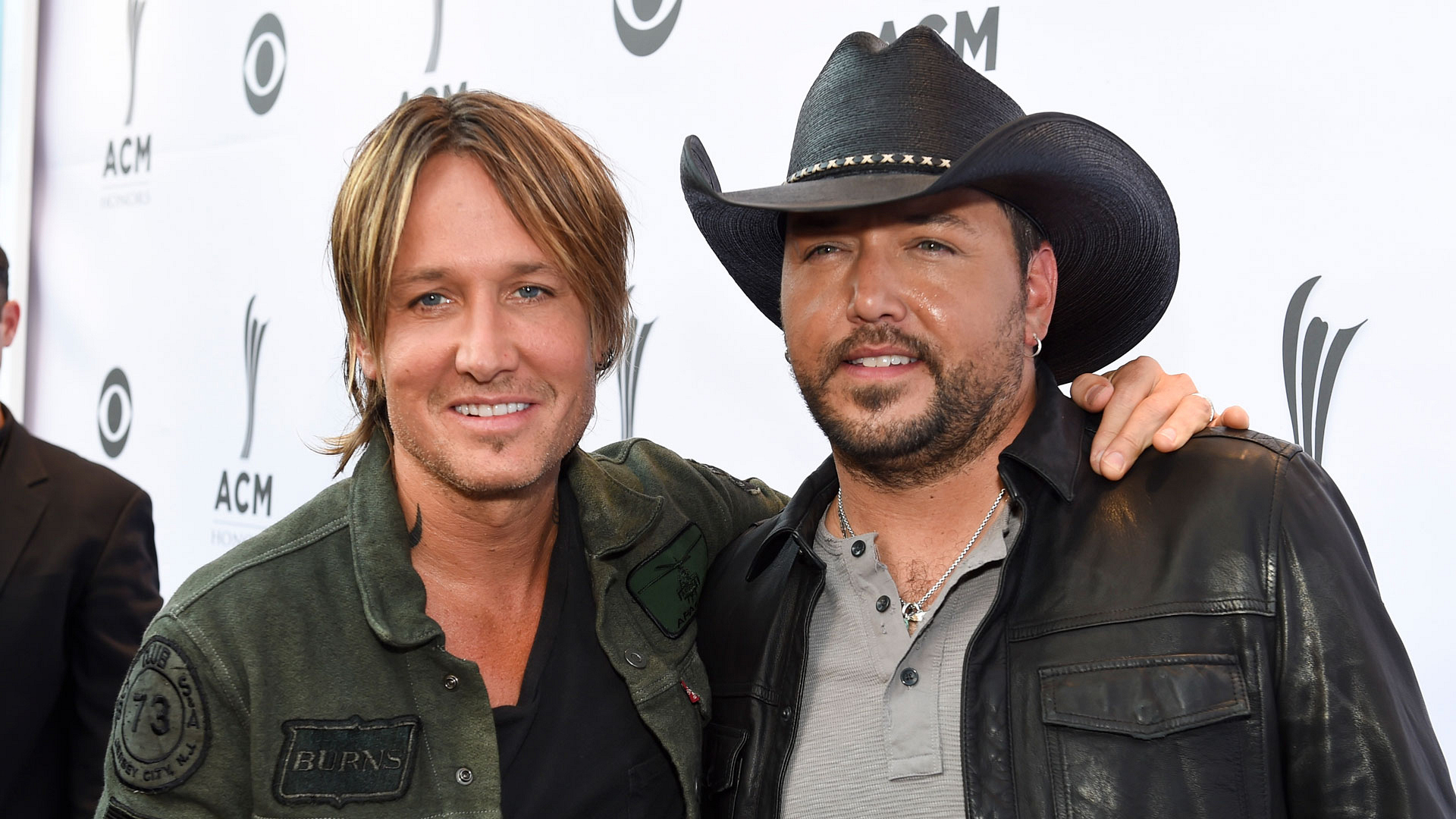 Keith Urban and Jason Aldean bro out before ACM Honors.