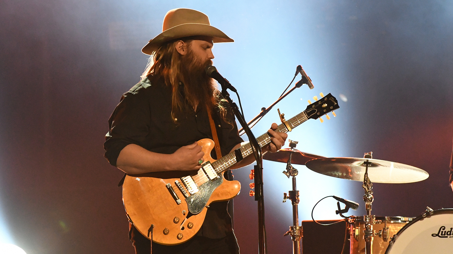 "Chris Stapleton performs ""Second One To Know"" at the 52nd ACM Awards"