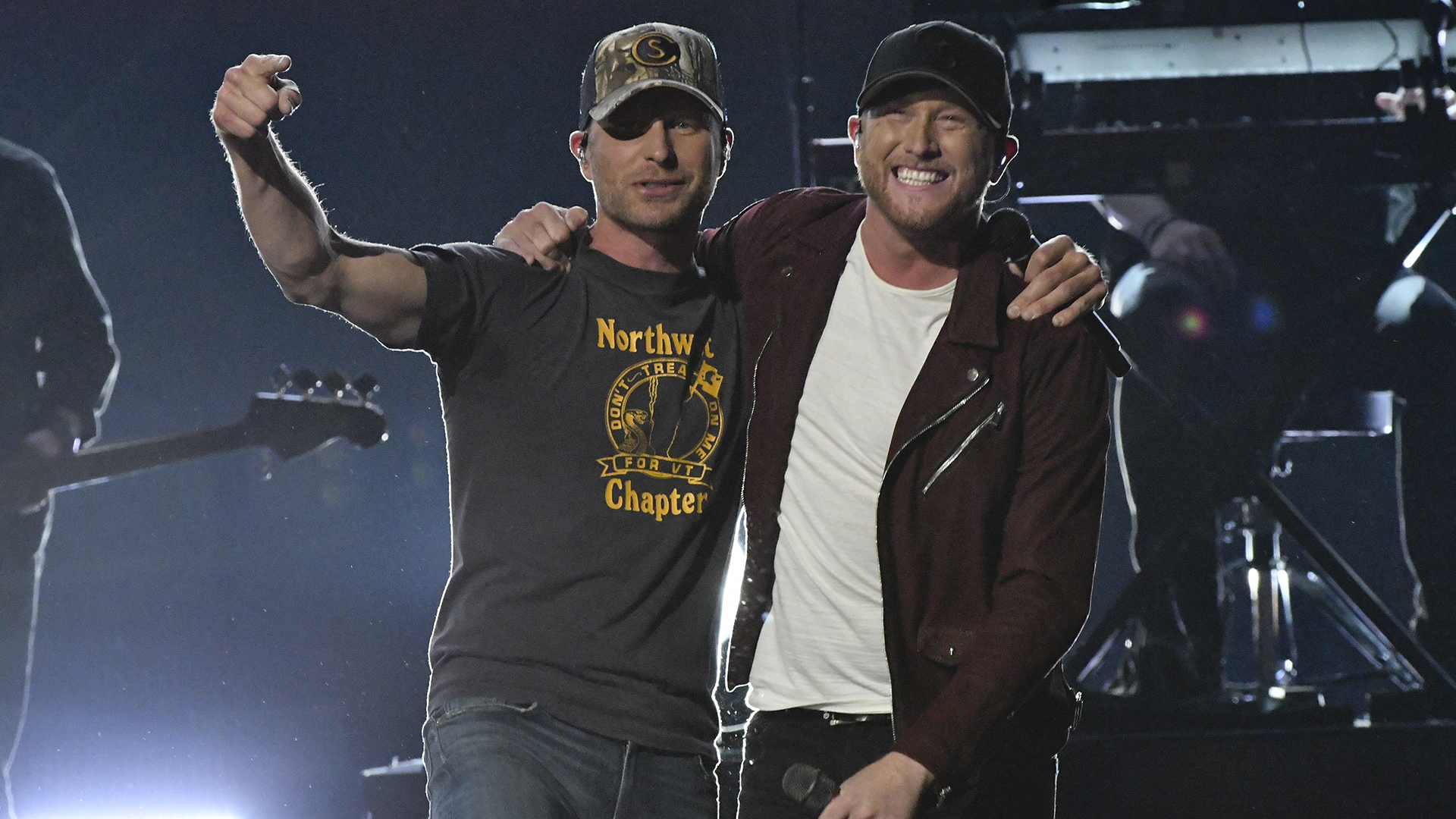 "Cole Swindell and Dierks Bentley perform ""Flatliner"" at the 52nd ACM Awards"