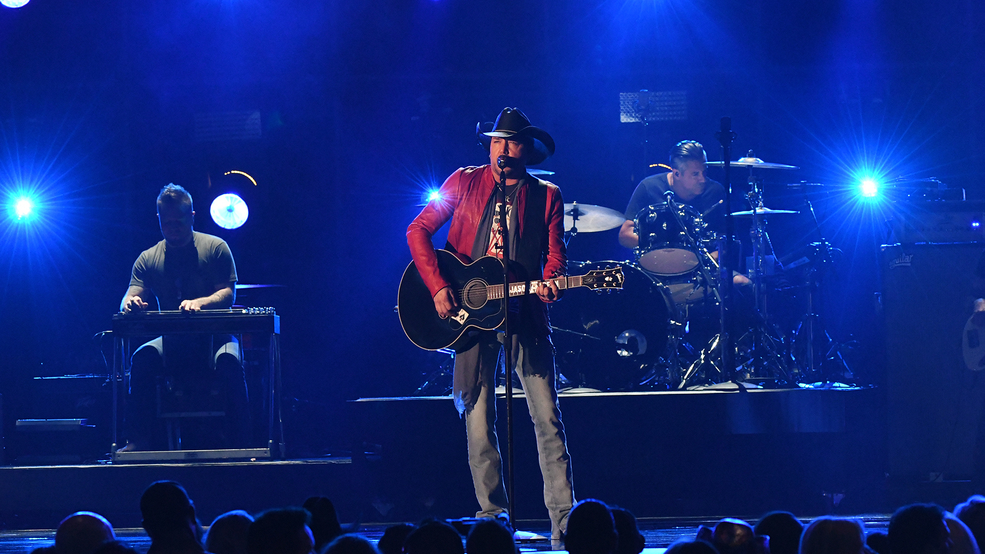 "Jason Aldean performs ""Any Ol' Bar Stool"" at the 52nd ACM Awards"
