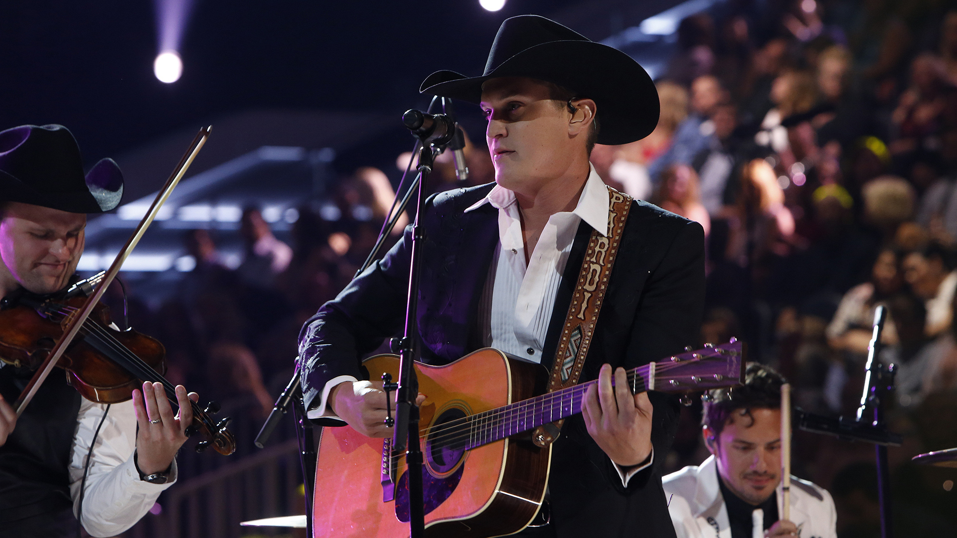 "Jon Pardi performs ""Dirt On My Boots"" at the 52nd ACM Awards"