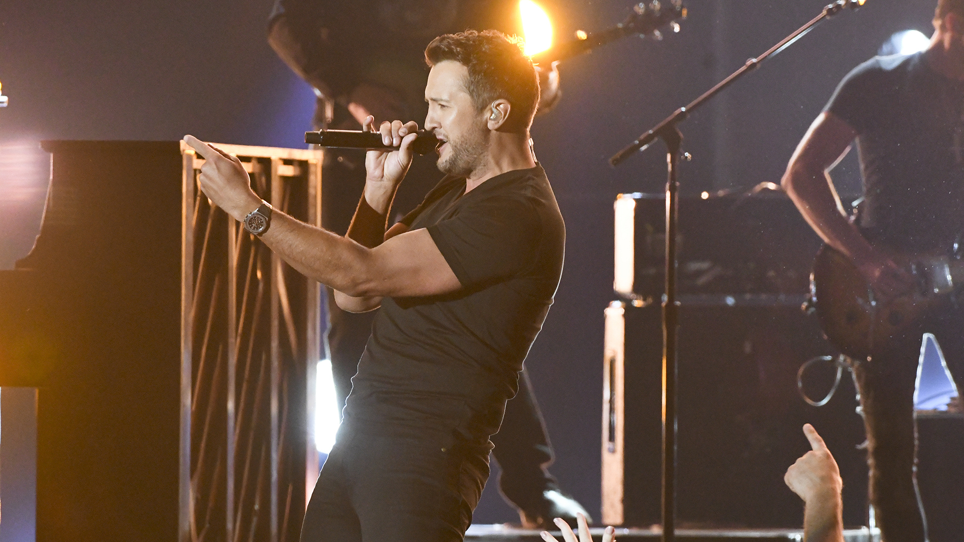 "Luke Bryan performs ""Move"" as part of the opening medley at the 52nd ACM Awards"