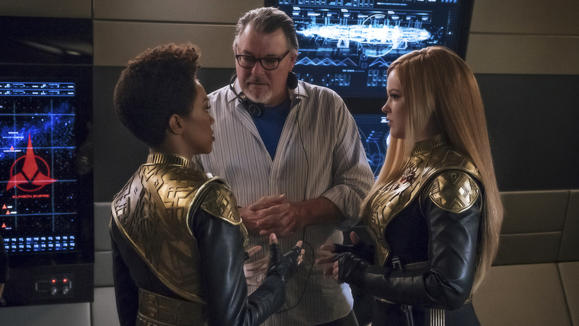 "Sonequa Martin-Green (""Michael Burnham""), Jonathan Frakes, and Mary Wiseman (""Cadet Sylvia Tilly"")"