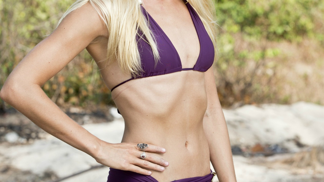 """With abs like these, it's no wonder this Texas beauty's in the """"Braun Tribe."""""""