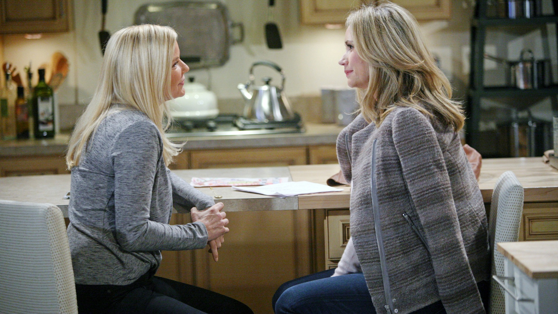 Bridget lends a supportive ear as Brooke confides in her feelings for Bill and her fallout with Katie.