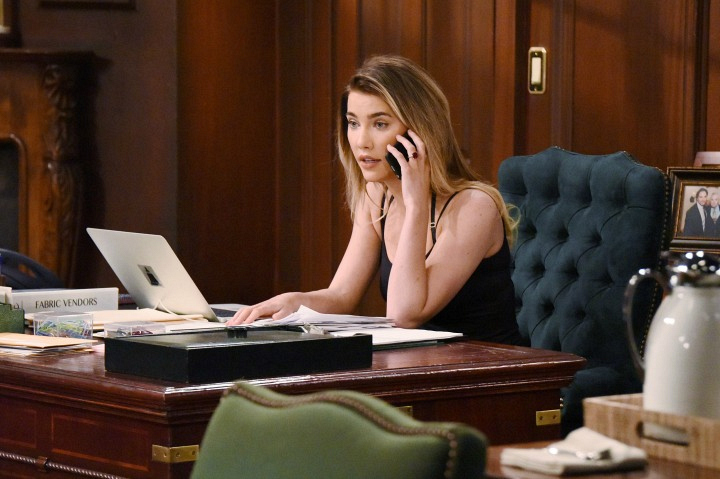 Steffy tries—and fails—to get in touch with Liam.