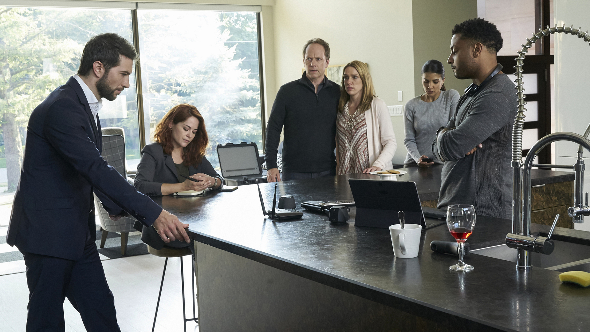 Luke Roberts as Eric Beaumont, Sarah Greene as Maxine Carlson, Nazneen Contractor as Zara Hallam, and Brandon Jay McLaren as Oliver Yates