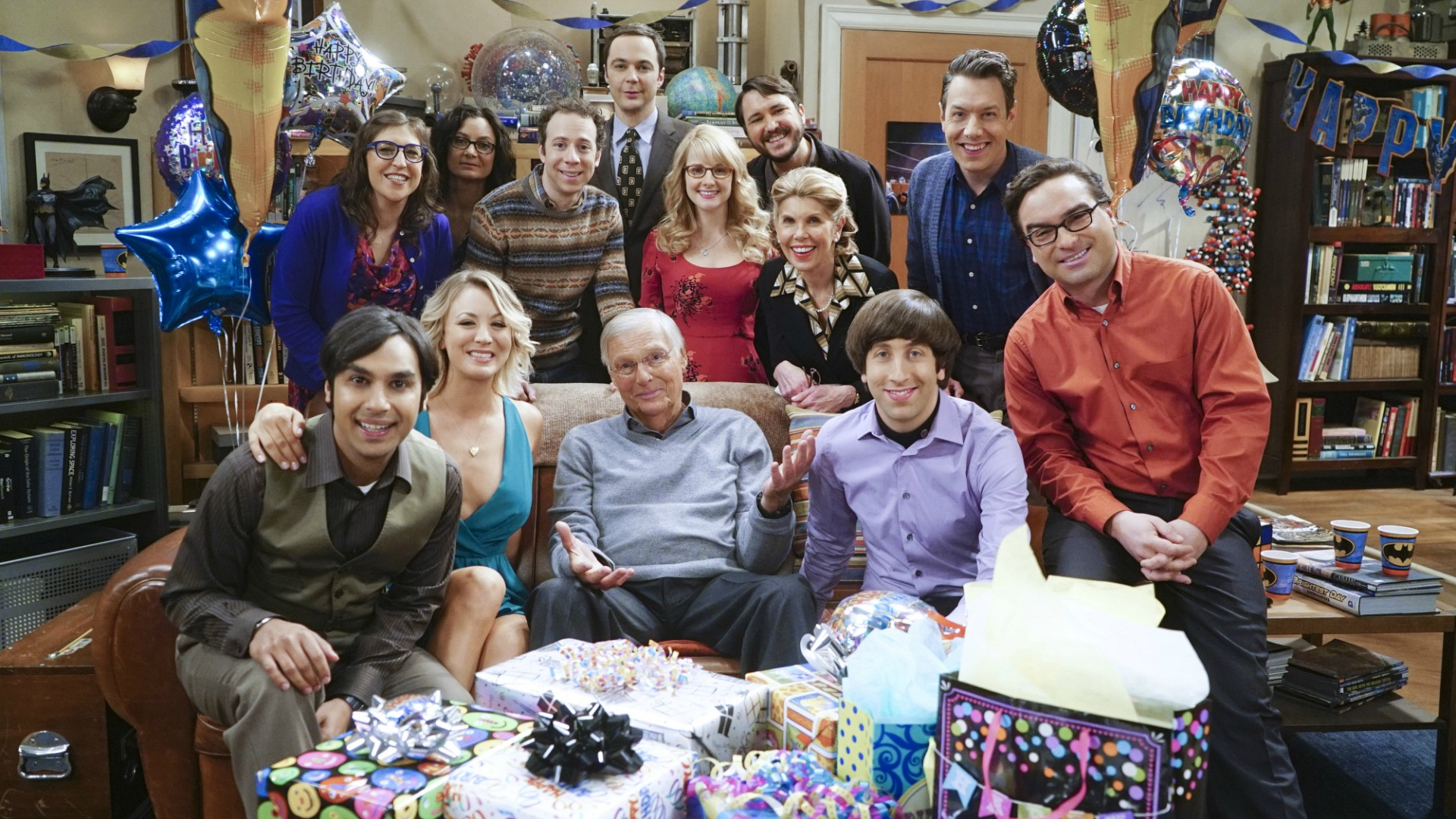 The Big Bang Theory celebrated 200 episodes and Sheldon's birthday with presents and smiles.