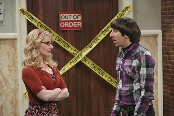 Bernadette shares her concerns with Howard.