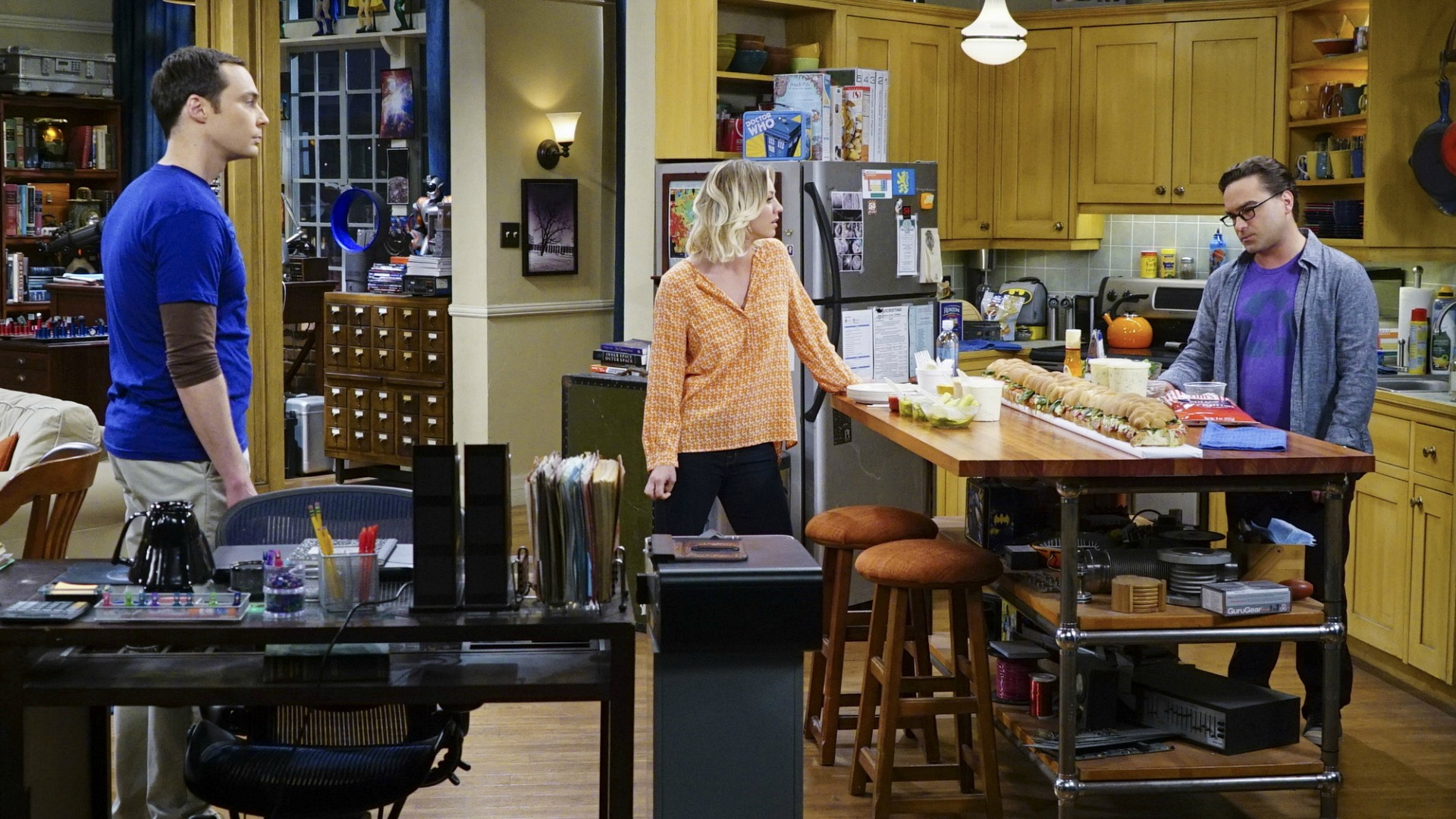 Penny is put in the middle of an awkward situation between Sheldon and Leonard.